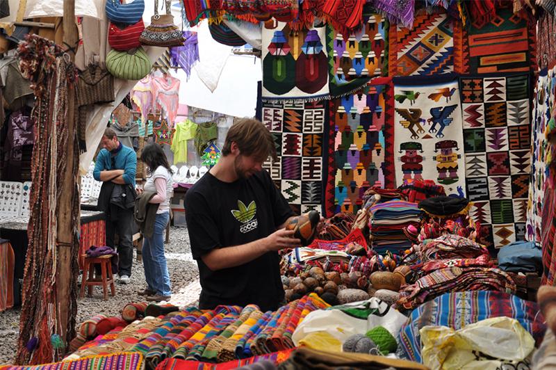 Pisac Market Peru Llama Travel