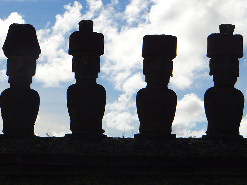 easter island silhouettes